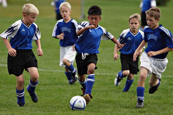 sports games fun game child sport football soccer children kid play youth loading athletics playing learning college win