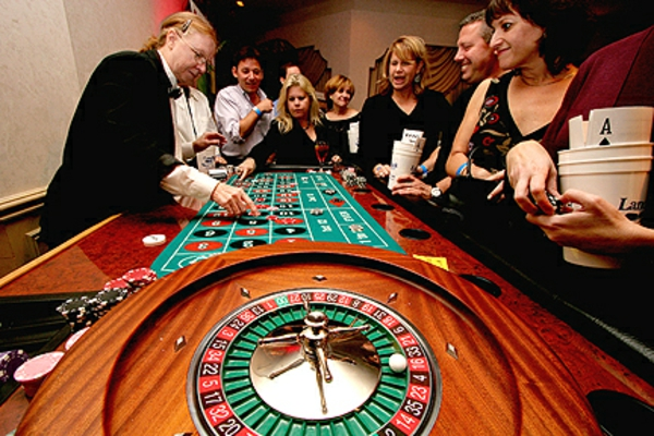 Etiquette in playing Roulette